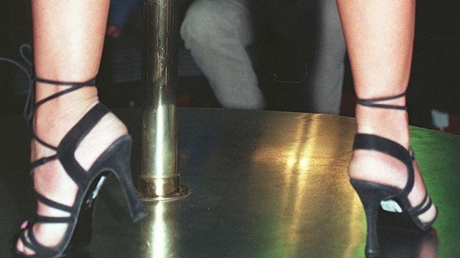 lapdancer.jpg